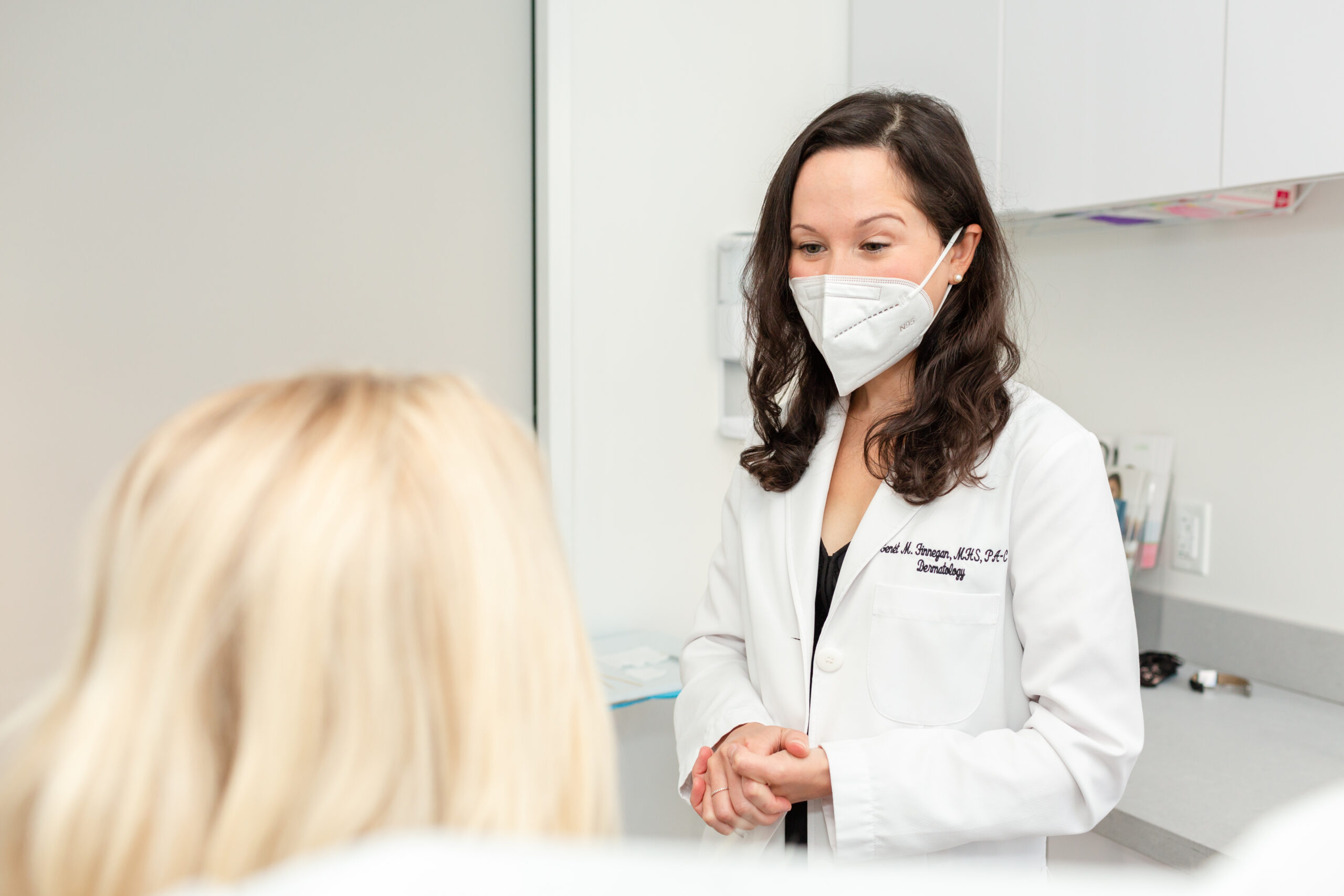 Genet Finnegan, PA is seeing a patient at spring street dermatology in New York, NY.